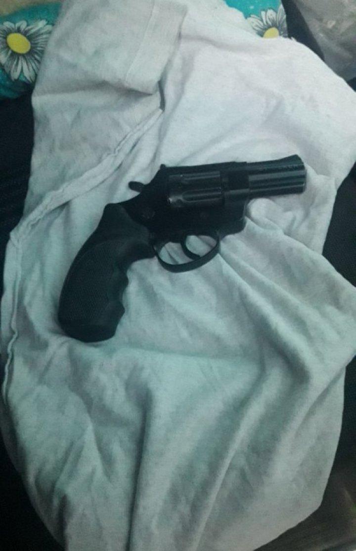 На молдо-украинской границе у гражданина Украины конфисковали пистолет
