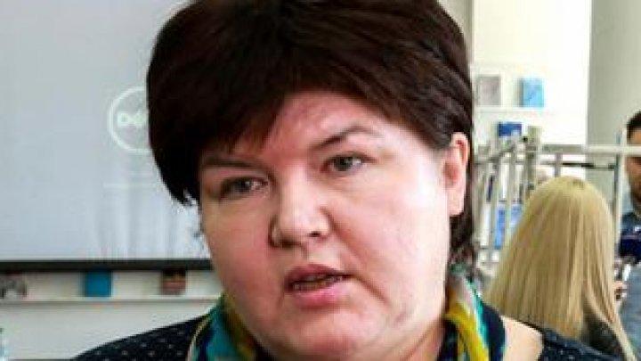 Алина Раду с Ziarul de Gardă оскорбляет пенсионеров и других получателей социальных выплат