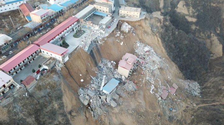 Жертвами обрушения зданий на севере Китая стали 10 человек