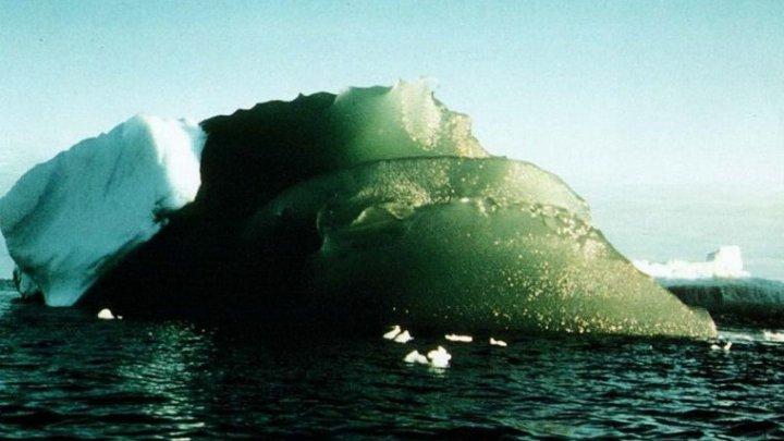 Ученые раскрыли тайну зеленых айсбергов