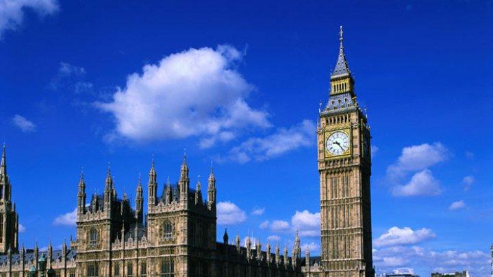 Количество туристов в Великобритании в 2018 году снизилось до 37,8 млн