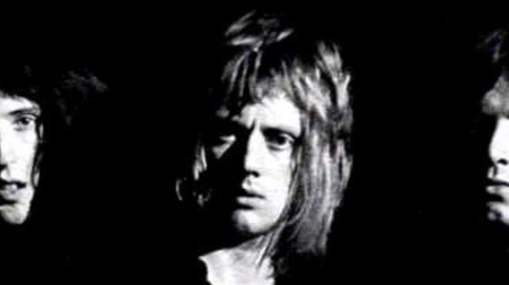 Умер первый бас-гитарист группы Queen
