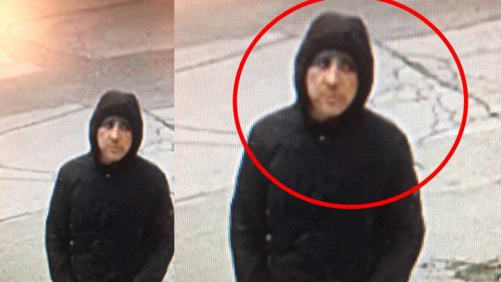 Полиция разыскивает мужчину, разбившего стекло машины и укравшего деньги (видео)