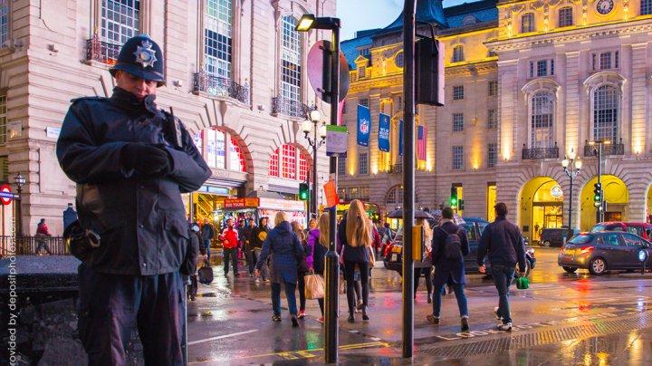 Британца приговорили к пожизненному сроку за планирование теракта в Лондоне
