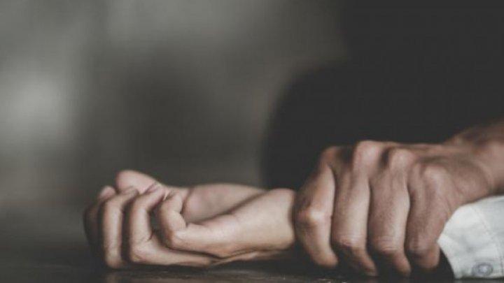 Житель Сынжерейского района убил жену ударом кулака