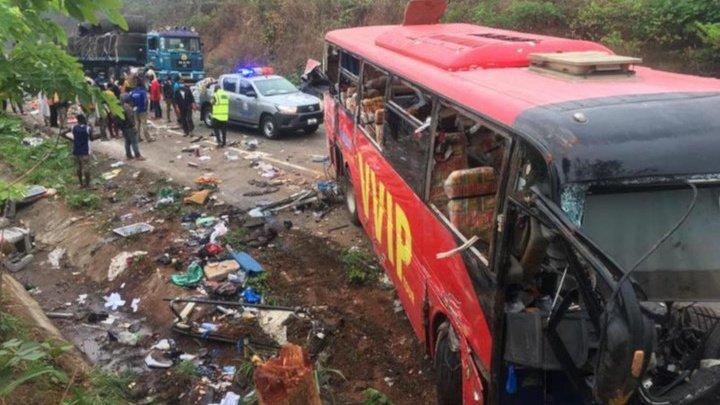 В Гане столкнулись два автобуса: более 70 погибших