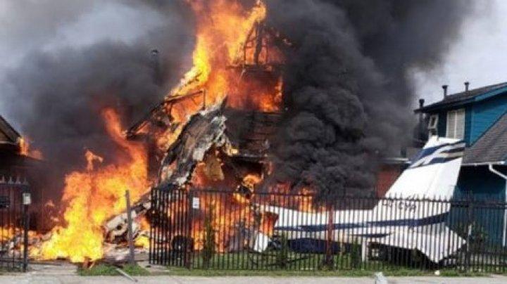 В Чили на жилые дома упал самолет: есть жертвы