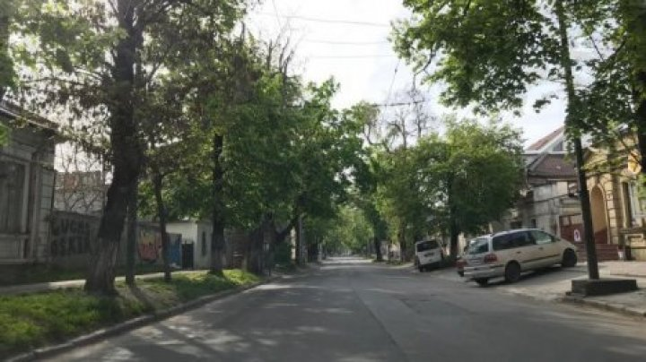 На пасхальные праздники Кишинев превратился в город-призрак (фото)