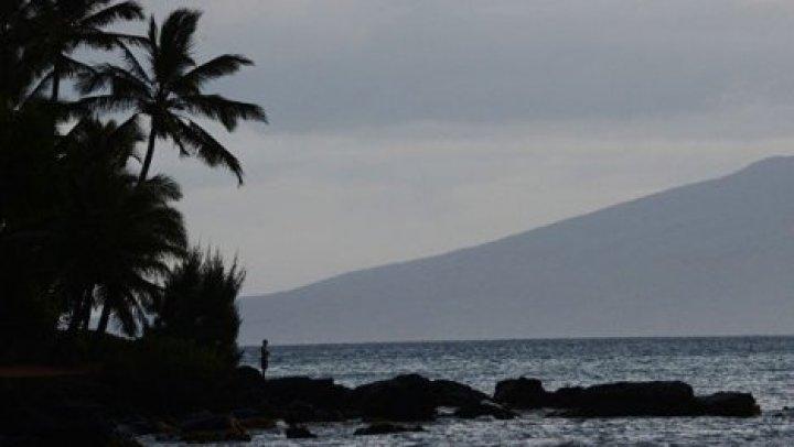 На Гавайях три человека погибли при падении вертолета