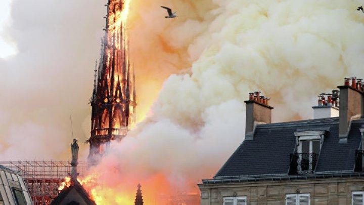 ЮНЕСКО внимательно следит за ситуацией с пожаром в Нотр-Дам