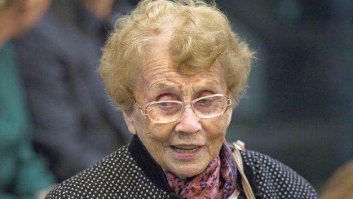 Мать Ангелы Меркель умерла в возрасте 90 лет