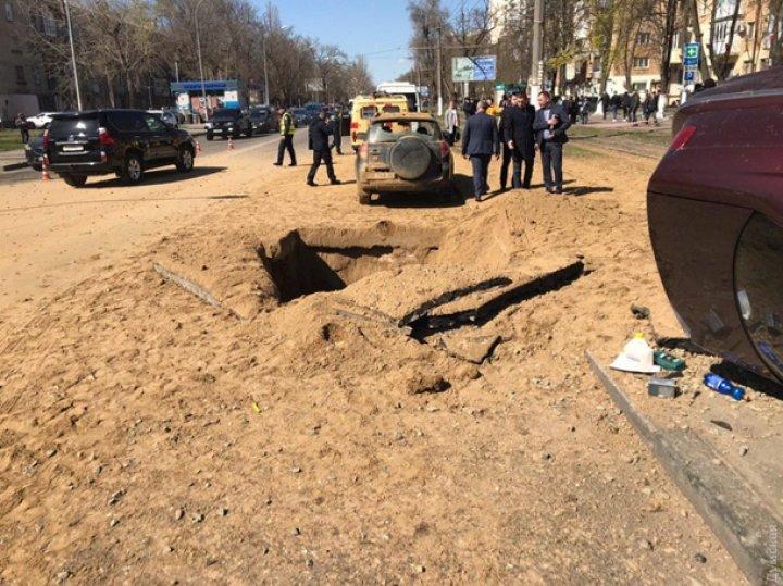 В Одессе под автомобилем прогремел мощный взрыв