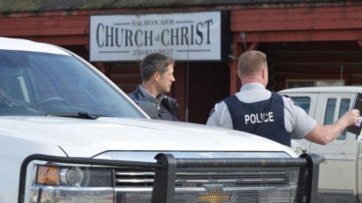 В Канаде мужчина расстрелял прихожан в церкви