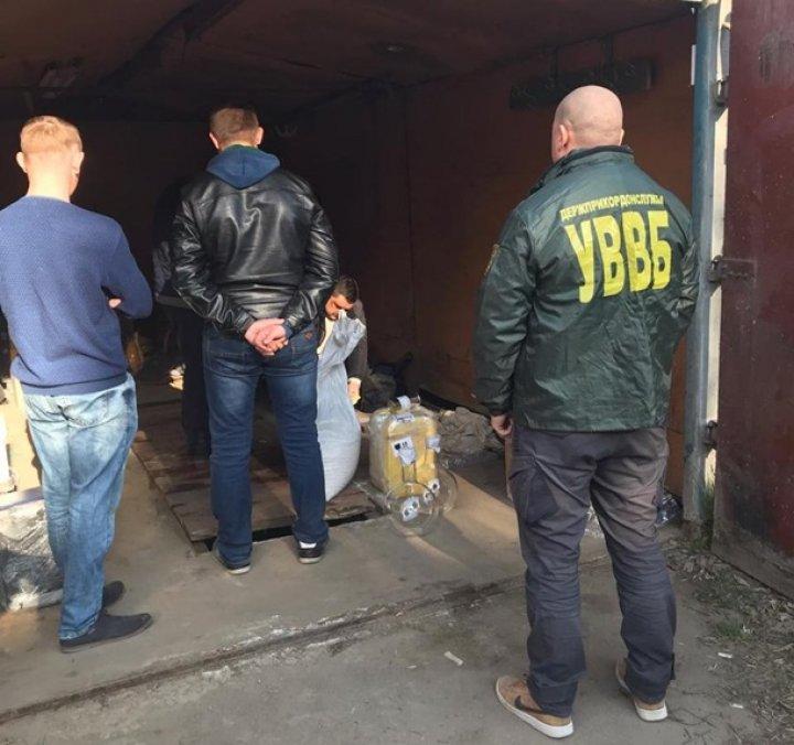 В Одессе задержаны злоумышленники, снабжавшие военных тяжелыми наркотиками