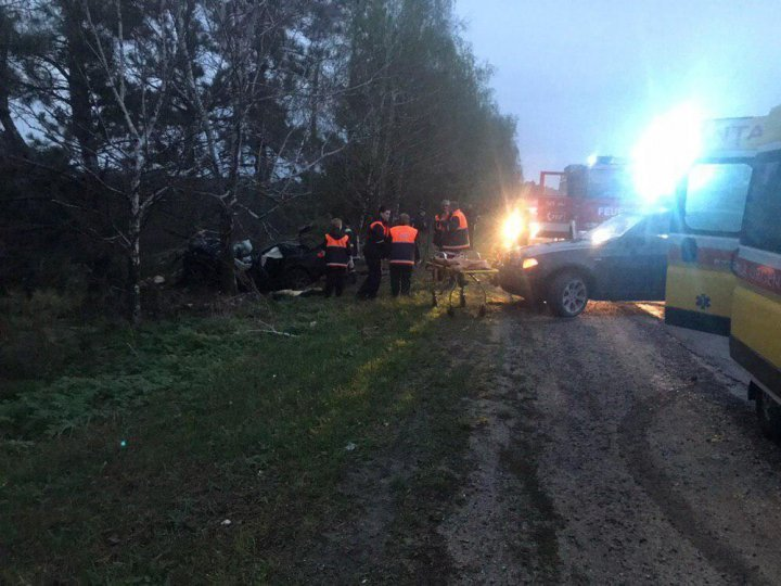 Смертельная гонка в Дрокии: 23-летний парень погиб, двое пострадали (фото)