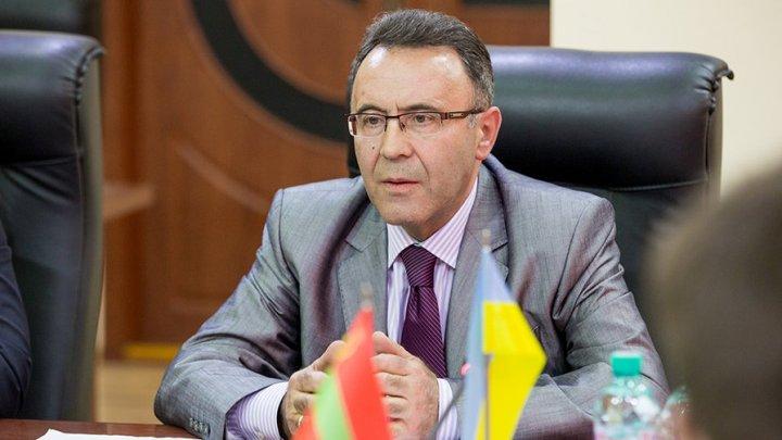 Посол Украины в Молдове Иван Гнатишин подал в отставку