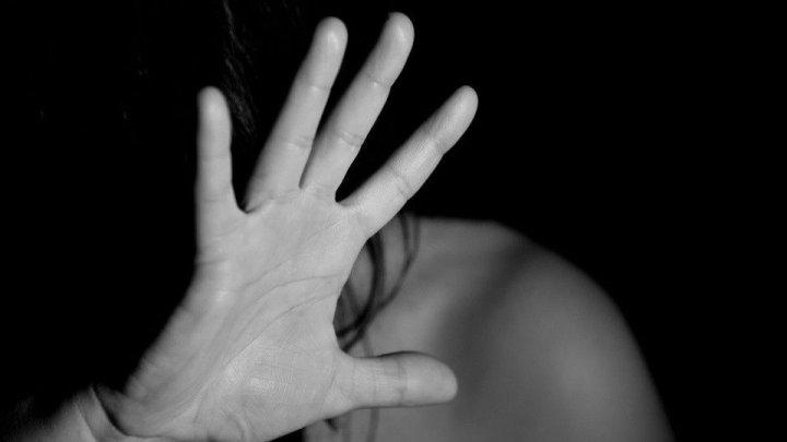 В Киеве мужчина насиловал женщин в туалете торгового центра
