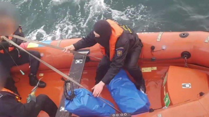 На пляже Болгарии нашли 170 килограммов кокаина