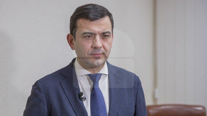 """В программе """"В центре внимания"""" Кирилл Габурич рассказал о начале работ по программе """"Хорошие дороги для Молдовы"""""""
