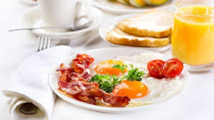Ученые рассказали, чем может грозить отказ от завтрака