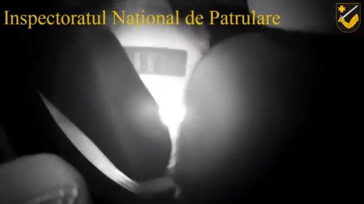 В Хулбоаке подвыпивший мужчина набросился на патрульного (видео)