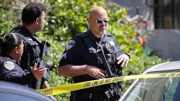 В США неизвестные открыли огонь в синагоге: один человек убит и трое ранены
