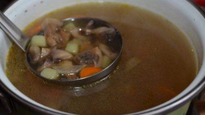 В Мексике около 200 детей отравились супом на праздновании Дня ребенка