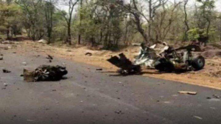 В Индии подорвали военный грузовик: 15 погибших