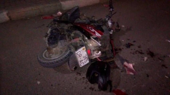 На Скулянке пьяный подросток на мопеде врезался в стоящий автомобиль