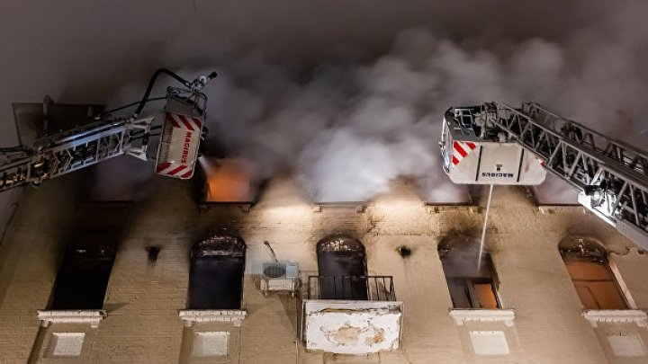 В Китае число пострадавших при пожаре в жилом доме возросло до 38