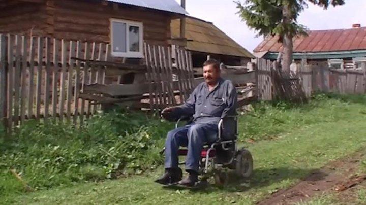 В Башкирии инвалида без руки и ног оштрафовали за нескошенную траву