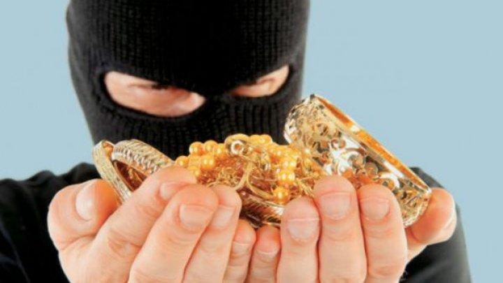 Во Франции ограбили ювелирный завод