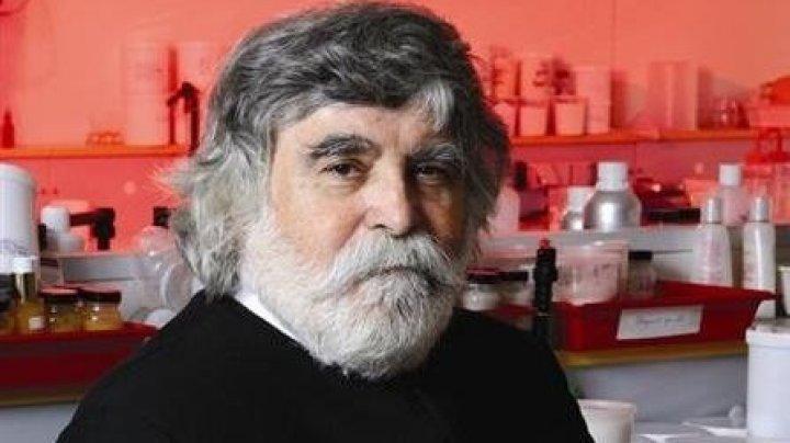 Умер парикмахер, который изобрел укладку волос