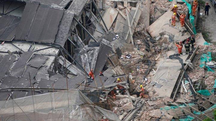 В Шанхае при обрушении здания погибли семь человек
