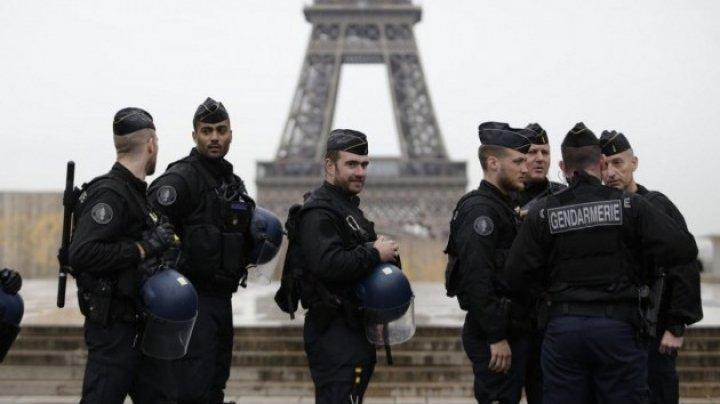 В больнице во Франции вооруженная женщина угрожает покончить с собой