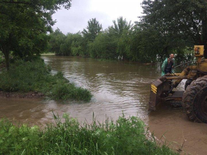 Объявлен риск наводнений в Унгенах (фото/видео)