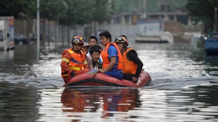 В Китае эвакуировали 48 тысяч человек на юге страны из-за проливных дождей
