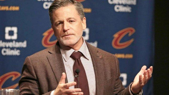 """Владелец клуба НБА """"Кливленд"""" госпитализирован с подозрением на инсульт"""