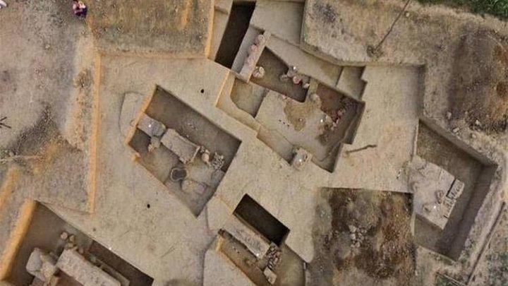 Индийские археологи вскрыли гробницу, возраст которой составляет четыре тысячи лет