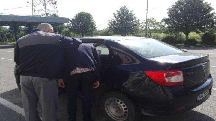 Гражданина Молдовы задержали на КПП Албица из-за кражи в Германии
