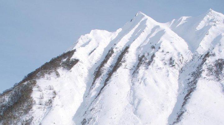 Семь туристов погибли под лавиной в горах Алтая