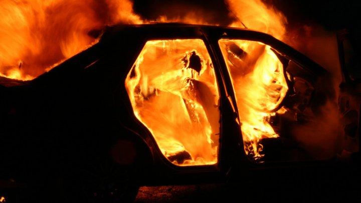 Полиция открыла уголовные дела по факту сгоревших автомобилей в столице
