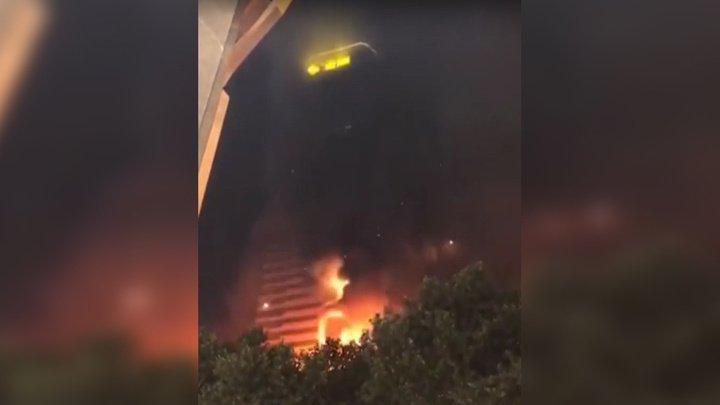 В Китае обгорел 58-этажный небоскреб