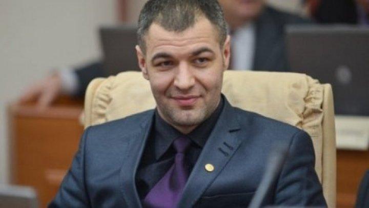 Октавиан Цыку отказался голосовать за Зинаиду Гречаный на пост председателя парламента