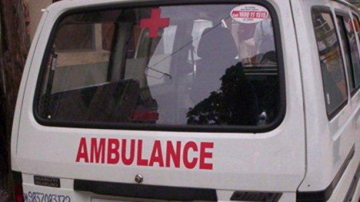 В Индии автобус с людьми рухнул в реку, семь детей пропали без вести