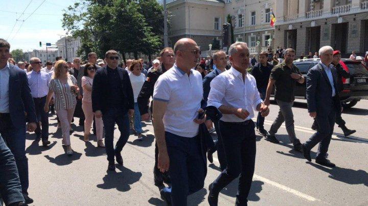 Митинг на площади Великого национального собрания (прямая трансляция)
