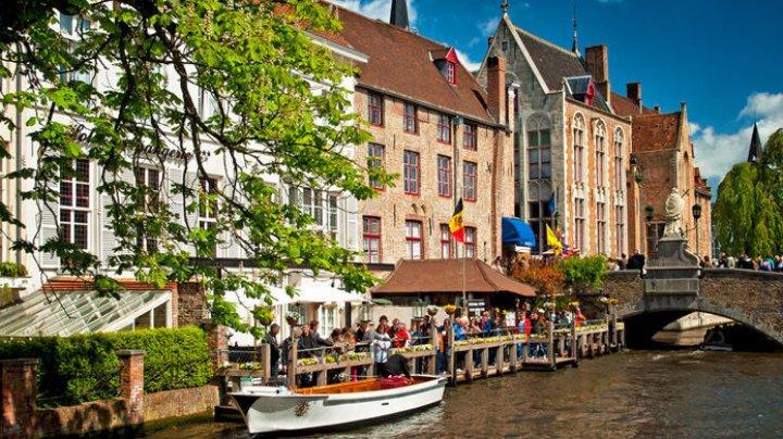 В бельгийском Брюгге решили бороться с наплывом туристов