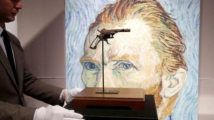 Во Франции более чем за 160 тысяч евро продан пистолет Ван Гога
