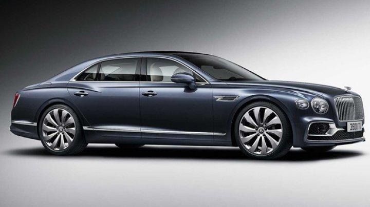 """Bentley показала """"бюджетный"""" седан Flying Spur"""