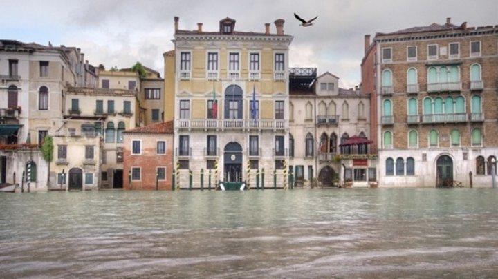 """Мэр Венеции хочет занести город в """"черный список"""" ЮНЕСКО"""
